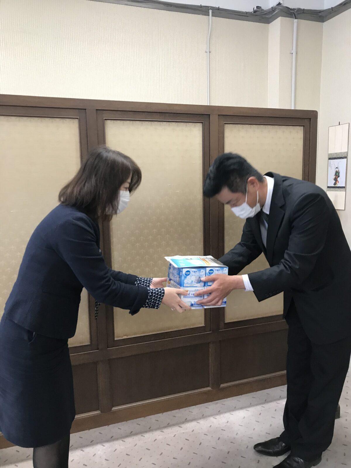 2021年3月26日滋賀県庁にマスクを寄付